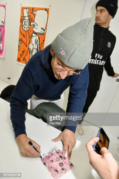 Street painter Andre Saraiva attends 'Andre x Futura Chez Nous' Painting Exhibition at Magda Danysz on December15 2018 in Paris France