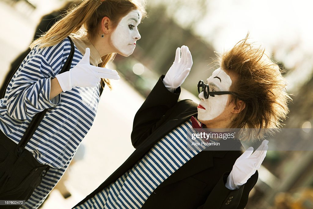 Street performance: mime : Stock Photo