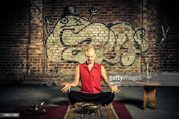 artista ambulante asceta hindú - faquir fotografías e imágenes de stock