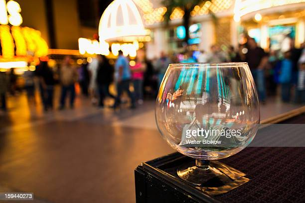 street performer tip jar, fremont street - fremont street experience stock pictures, royalty-free photos & images