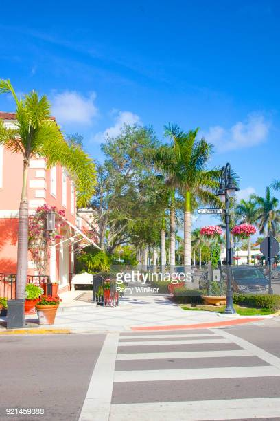 street restaurants, shops - naples florida stock pictures, royalty-free photos & images