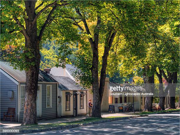 street scene arrowtown - arrowtown stock pictures, royalty-free photos & images