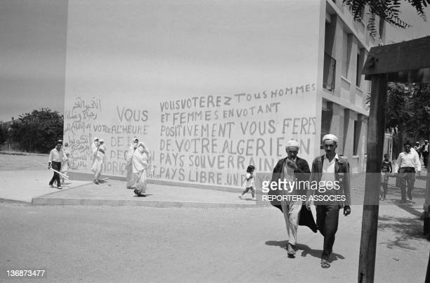 Street scene in Algiers before the referendum on Algerian indepencence on July 1 1962 in Algiers Algeria