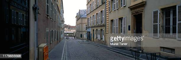 street scene in metz - moselle stock pictures, royalty-free photos & images