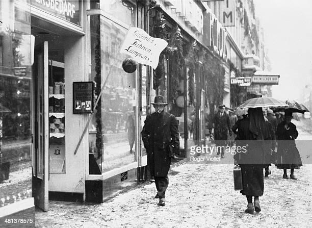 Street scene in Winter Berlin circa 1935