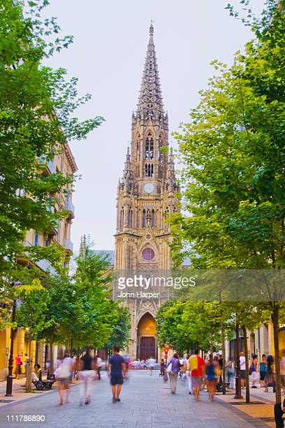 street scene near cathedral, san sebastian, spain - san sebastian spain stock pictures, royalty-free photos & images