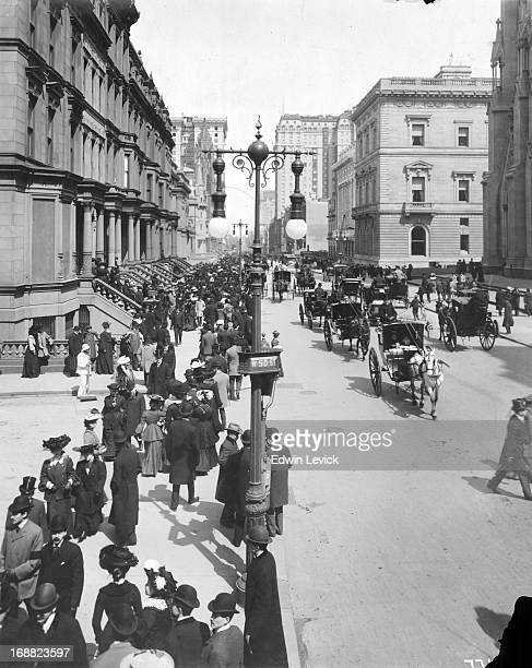 Street scene on 5th Avenue and West 50th Street in New York City circa 1895