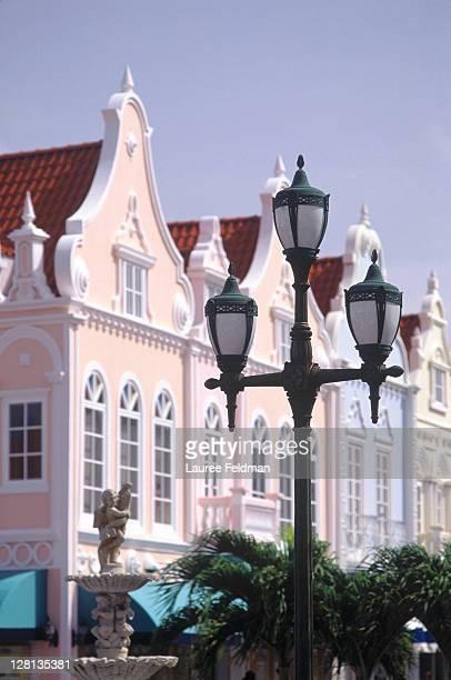 street scene, oranjestad, aruba, caribbean - oranjestad stockfoto's en -beelden