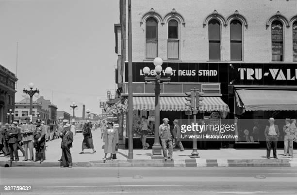 Street Scene, Peoria, Illinois, USA, Arthur Rothstein for U.S. Resettlement Administration, May 1938.