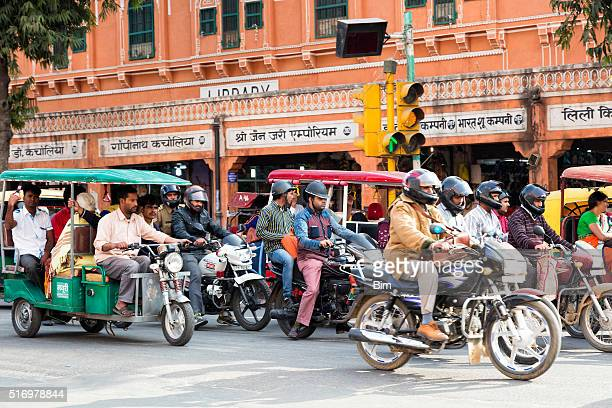 street scene with motorcycles, rickshaws, udaipur, india - rickshaw stock photos and pictures