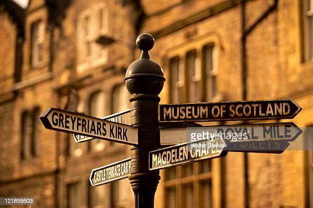 street sign, edinburgh, scotland - edinburgh scotland stock-fotos und bilder