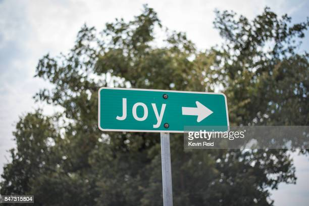 a street sign with a holiday themed name. - road sign stock pictures, royalty-free photos & images