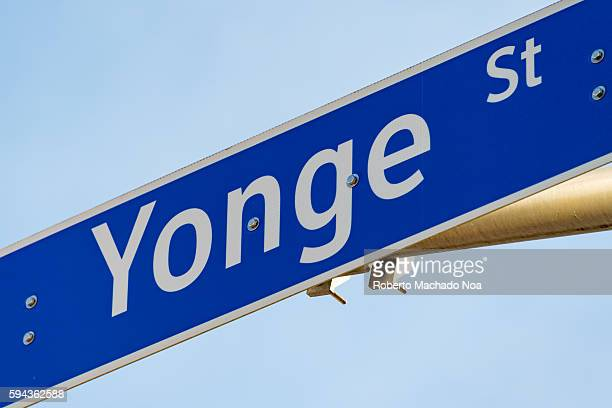 Street signage of Yonge street Yonge Street is a major arterial route connecting the shores of Lake Ontario in Toronto to Lake Simcoe