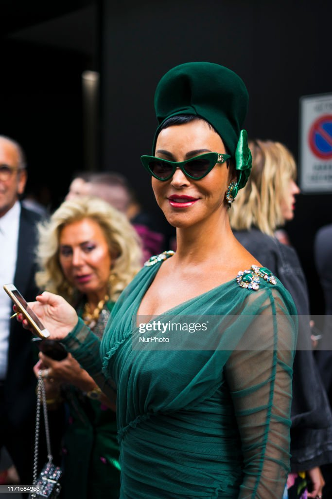 Street Style At Dolce & Gabbana Fashion Show: September 22 - Milan Fashion Week Spring/Summer 2020 : News Photo