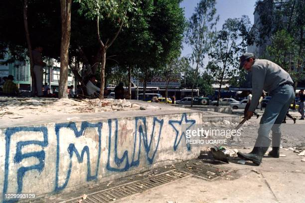 Street sweeper cleans the central plaza on January 17, 1992 where thousands celebrated the January 16 signing of the peace pact between the...