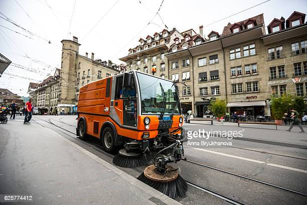 street sweeper vehicle in bern, switzerland - street sweeper stock pictures, royalty-free photos & images