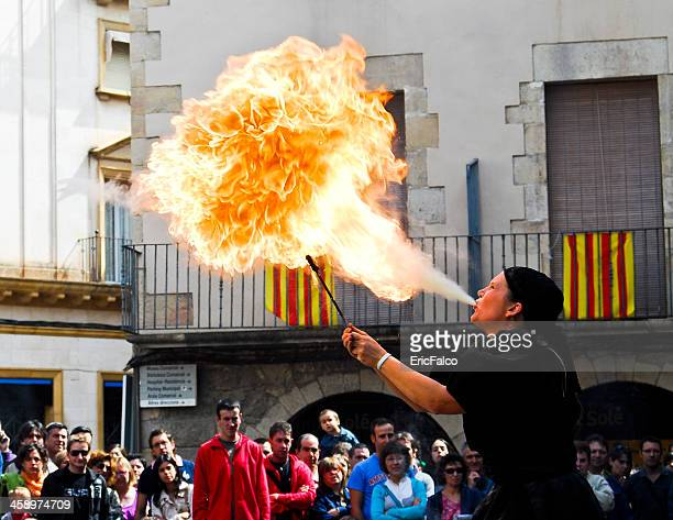 street theater in tàrrega - amateur theater stock pictures, royalty-free photos & images
