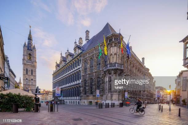 street view, à gand - belgique photos et images de collection