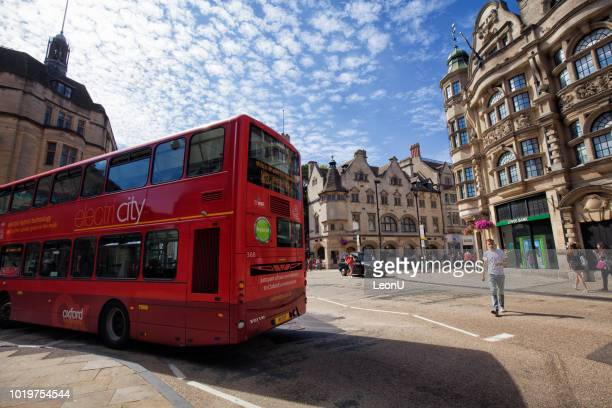 street view, oxford university, england, uk - oxfordshire stock pictures, royalty-free photos & images