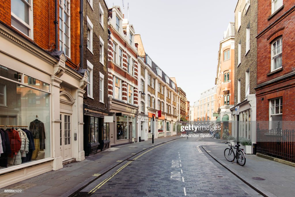 Street with shops and cafes in Marylbone, London, UK : Stock Photo