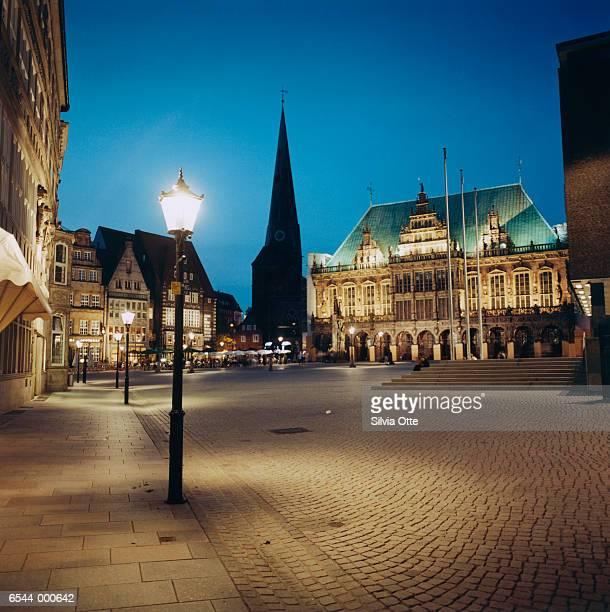Streetlight in Public Square