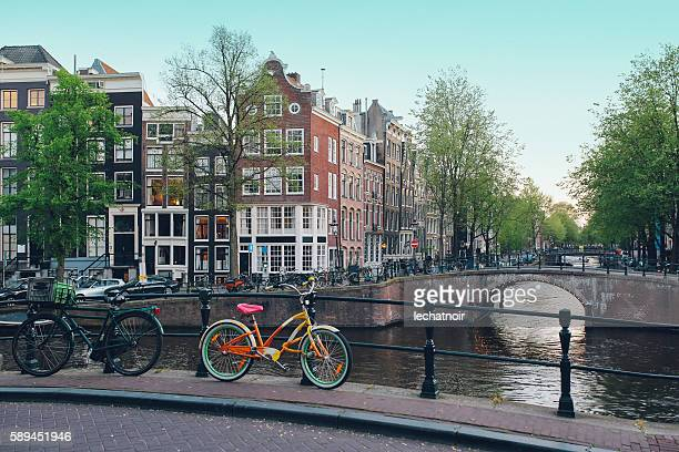 streets of amsterdam - amsterdam stock pictures, royalty-free photos & images