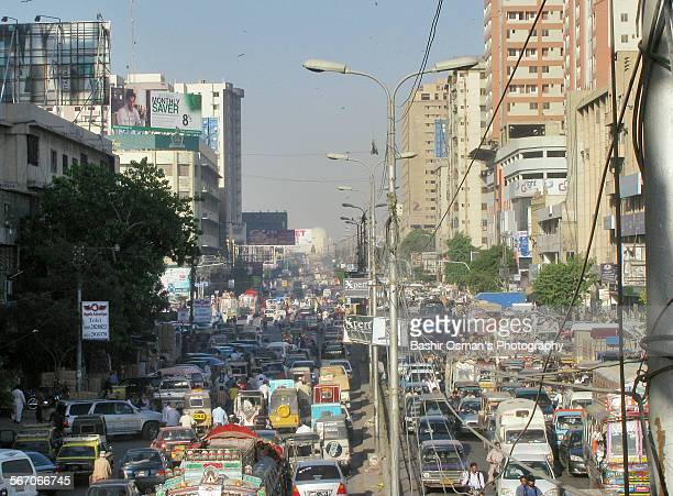 streets of karachi - mohammad ali jinnah road stock pictures, royalty-free photos & images