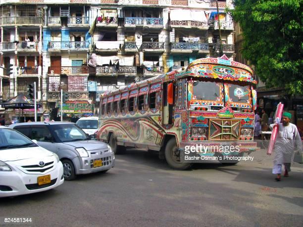 streets of karachi - カラチ ストックフォトと画像