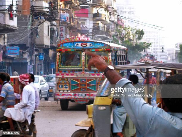 streets of karachi - スィンド州 ストックフォトと画像