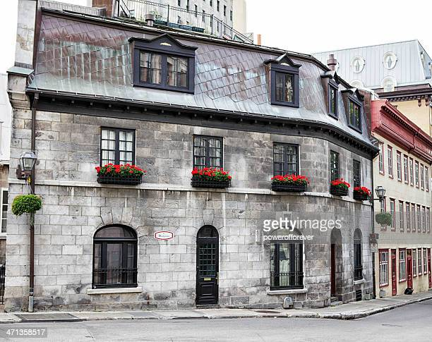 streets of old quebec city - old quebec stock pictures, royalty-free photos & images