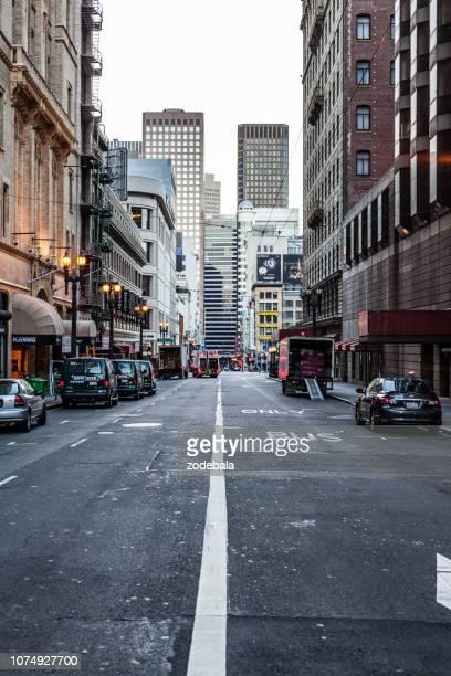 calles de san francisco por la mañana, california - avenida fotografías e imágenes de stock