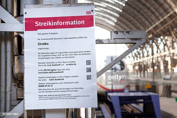 streikinformation, information board, train drivers strike - train engineer strike stock pictures, royalty-free photos & images