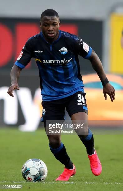 Streli Mamba of Paderborn runs with the ball during the Bundesliga match between SC Paderborn 07 and Hertha BSC at Benteler Arena on February 15 2020...