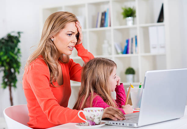 advantages of non working mother Regardless of the supposed benefits to children of having a mother at home in their working mothers should stay at home when mothers work outside the.