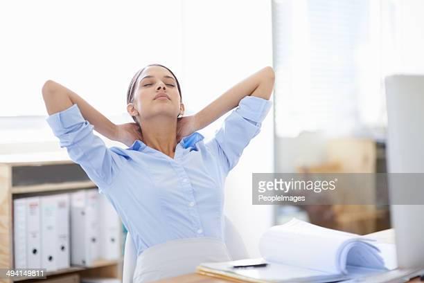 Étirer les muscles tendus du cou