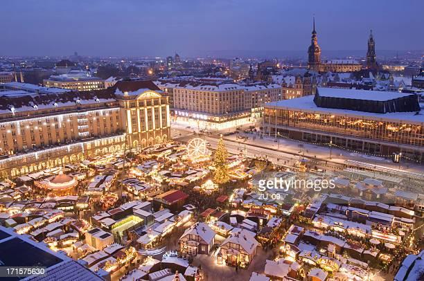 """Das Striezelmarkt """", Weihnachtsmarkt in Dresden"""