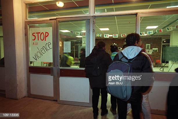 Strike In A College In Bondy On January 24Th 2000 Jean Zay College