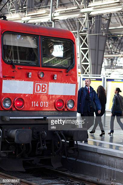 strike in german railway - train engineer strike stock pictures, royalty-free photos & images