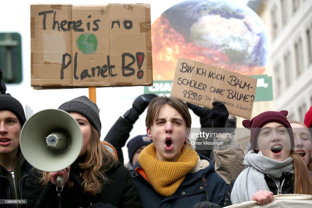 Pupils Strike For Climate Change : Fotografía de noticias