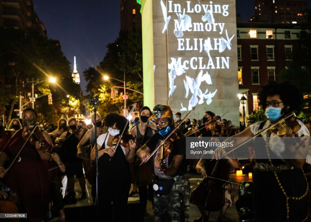 Violin Vigil Held For Elijah McClain In NYC's Washington Square Park : News Photo