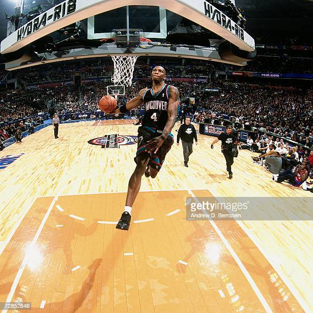 Stromile Swift of the Vancouver Grizzlies elevates for a dunk during the 2001 Slam Dunk Contest held on February 10 2001 at the MIC Center in...