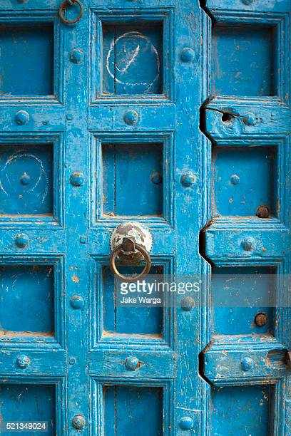 strong blue door in traditional style in mombasa - mombasa stock pictures, royalty-free photos & images