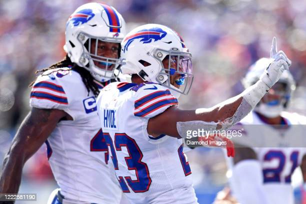 Strong safety Micah Hyde of the Buffalo Bills celebrates a pass defense in the second quarter of a game against the New York Giants on September 15,...
