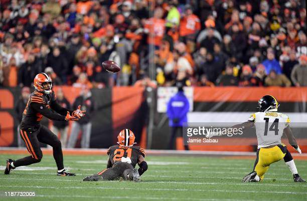 Strong safety Morgan Burnett of the Cleveland Browns makes an interception off a tip in the second quarter of the game against the Pittsburgh...