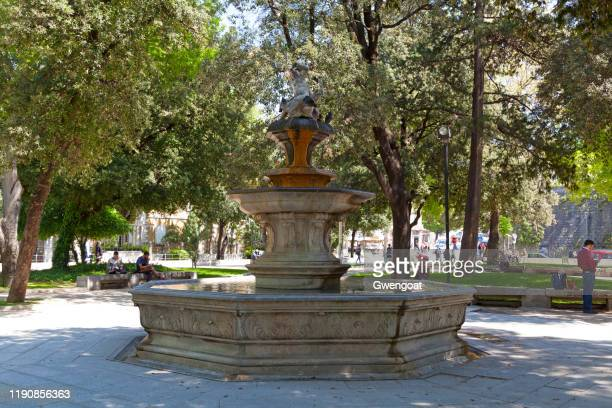strossmayer fountain in split - gwengoat stock pictures, royalty-free photos & images