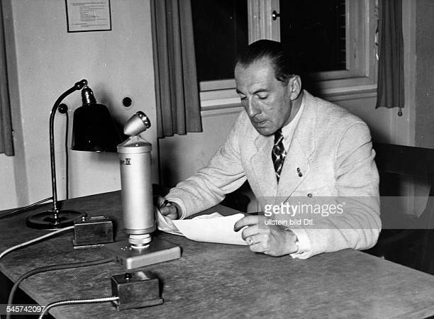 Strunk Roland Special correspondent for the Nazi Party's newspaper Völkischer Beobachter in the Spanish Civil War writer member of the SS Germany...