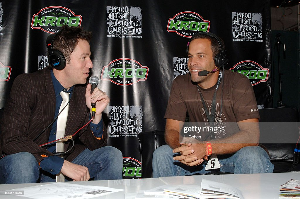 Kroq Almost Acoustic Christmas 2021 Dj Stryker And Jack Johnson During Kroq Almost Acoustic Christmas News Photo Getty Images