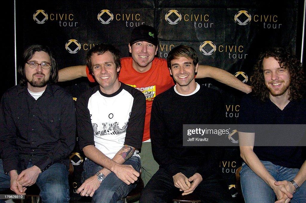 Civic Tour Announces Dashboard Confessional on the 2004 Civic Tour : News Photo
