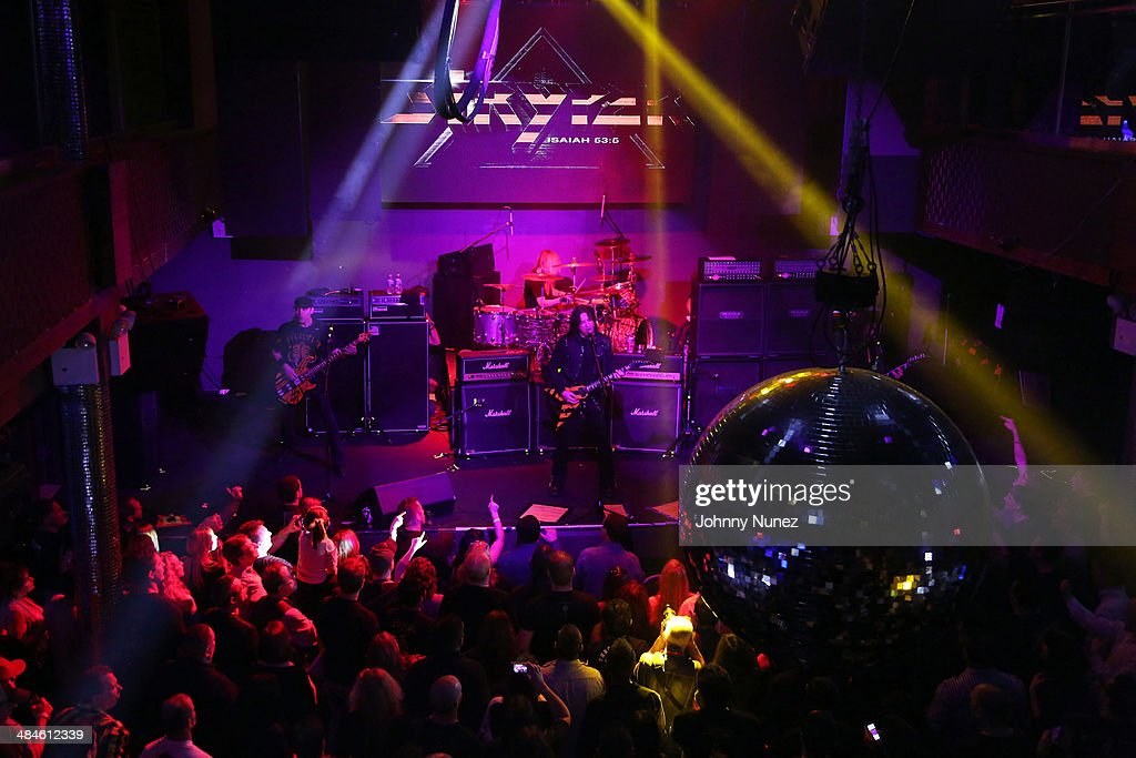 Stryper In Concert : News Photo