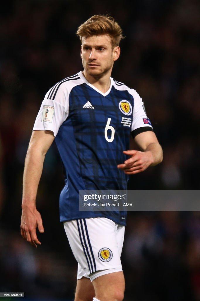 Scotland v Slovenia - FIFA 2018 World Cup Qualifier : News Photo